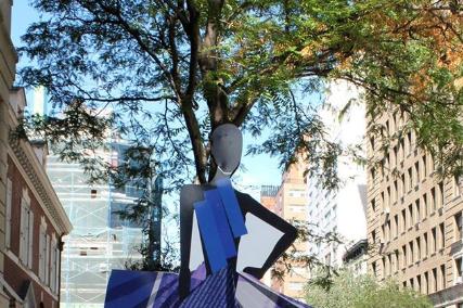 Как красиво заманивают на неделю моды в Нью Йорке этой осенью