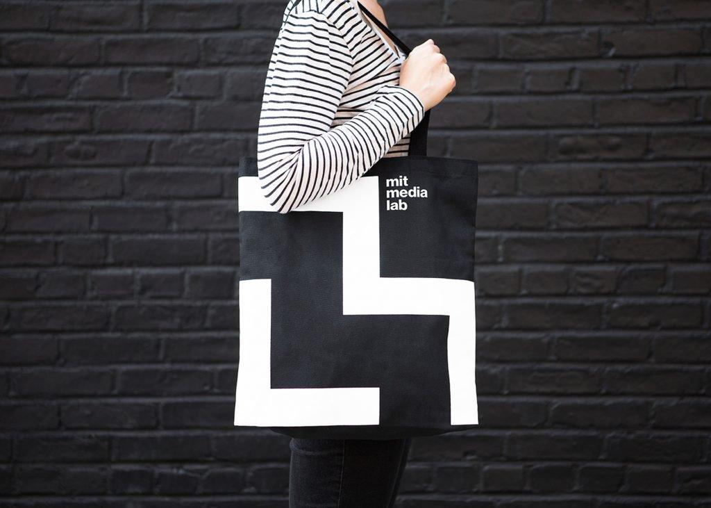minimalist-rebranding-roundup-logo-design_dezeen_1704_ss_2-1024x731