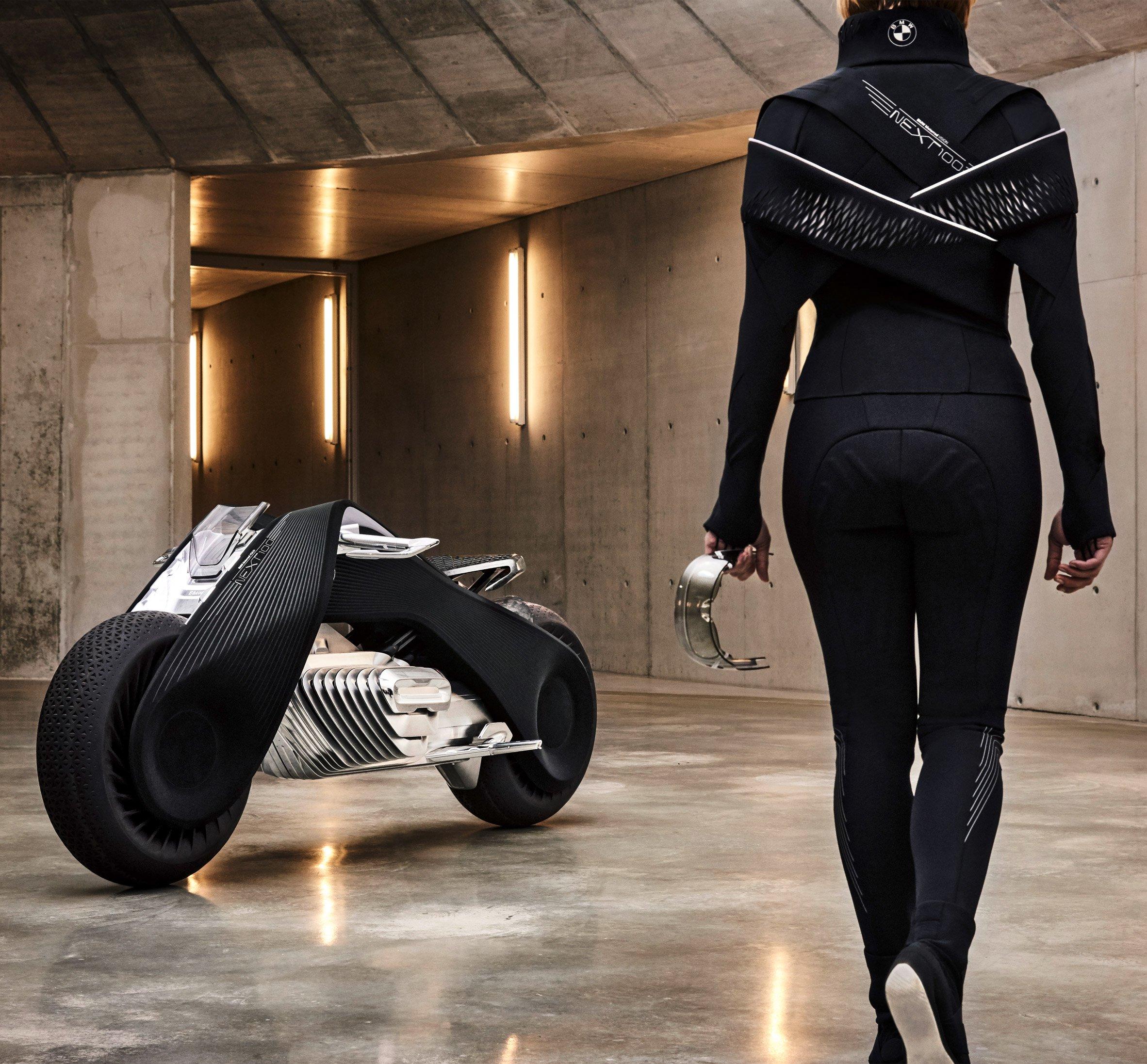 bmw-motorbike-vision-next-100-transport-vehicle-design_dezeen_2364_col_3
