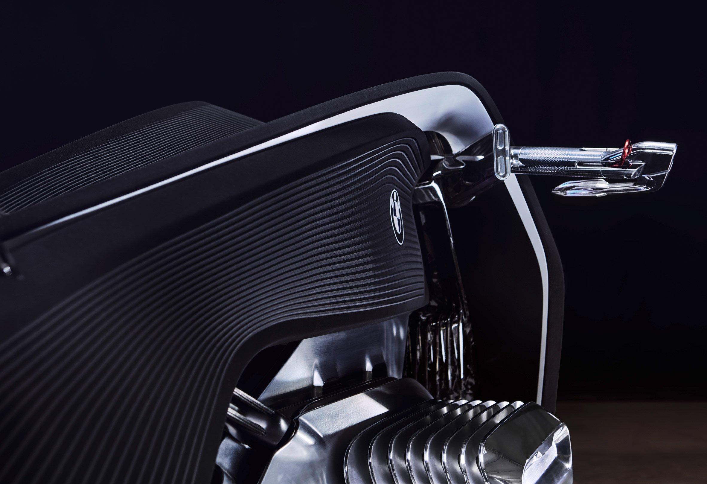 bmw-motorbike-vision-next-100-transport-vehicle-design_dezeen_2364_col_6