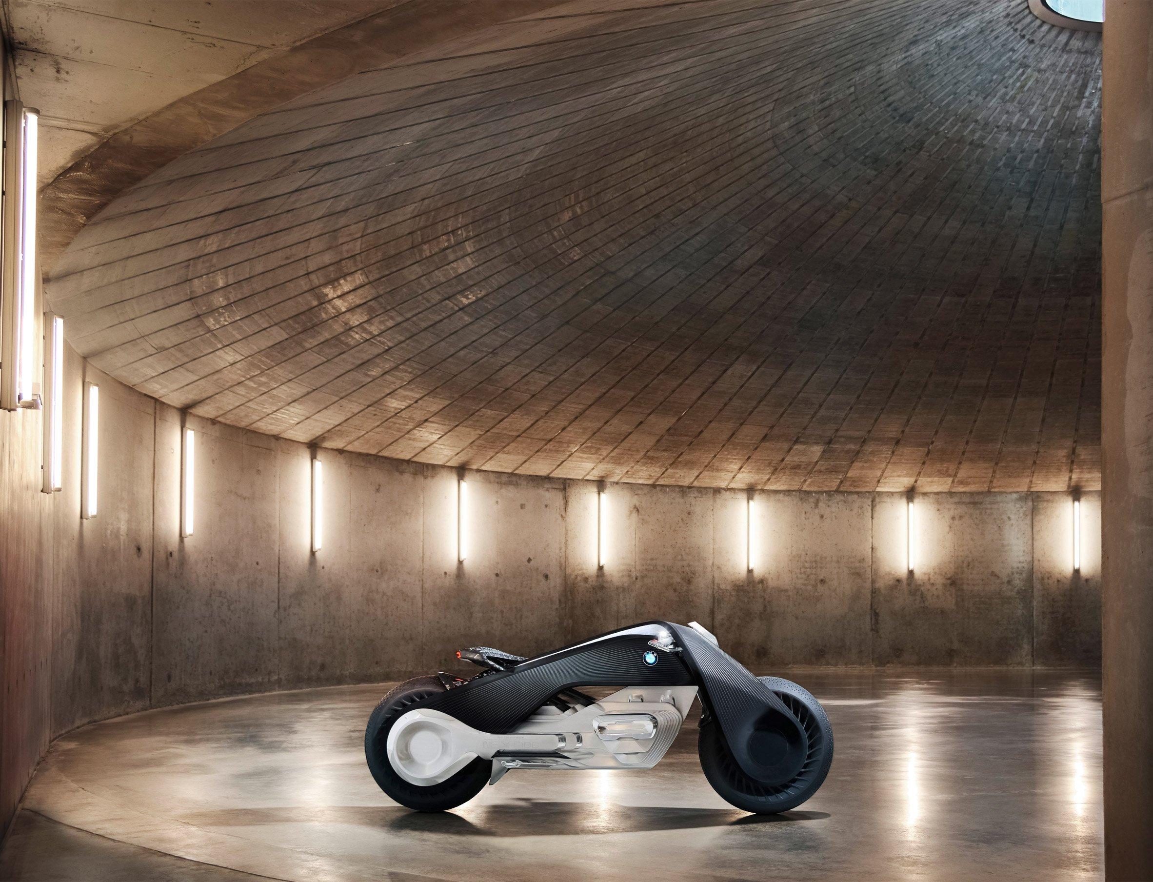 bmw-motorbike-vision-next-100-transport-vehicle-design_dezeen_2364_col_9