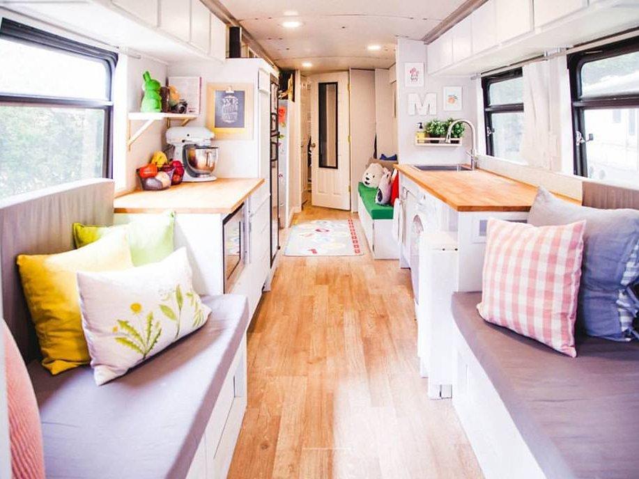 Оригинальный дизайн интерьера: как из автобуса сделать великолепный дом