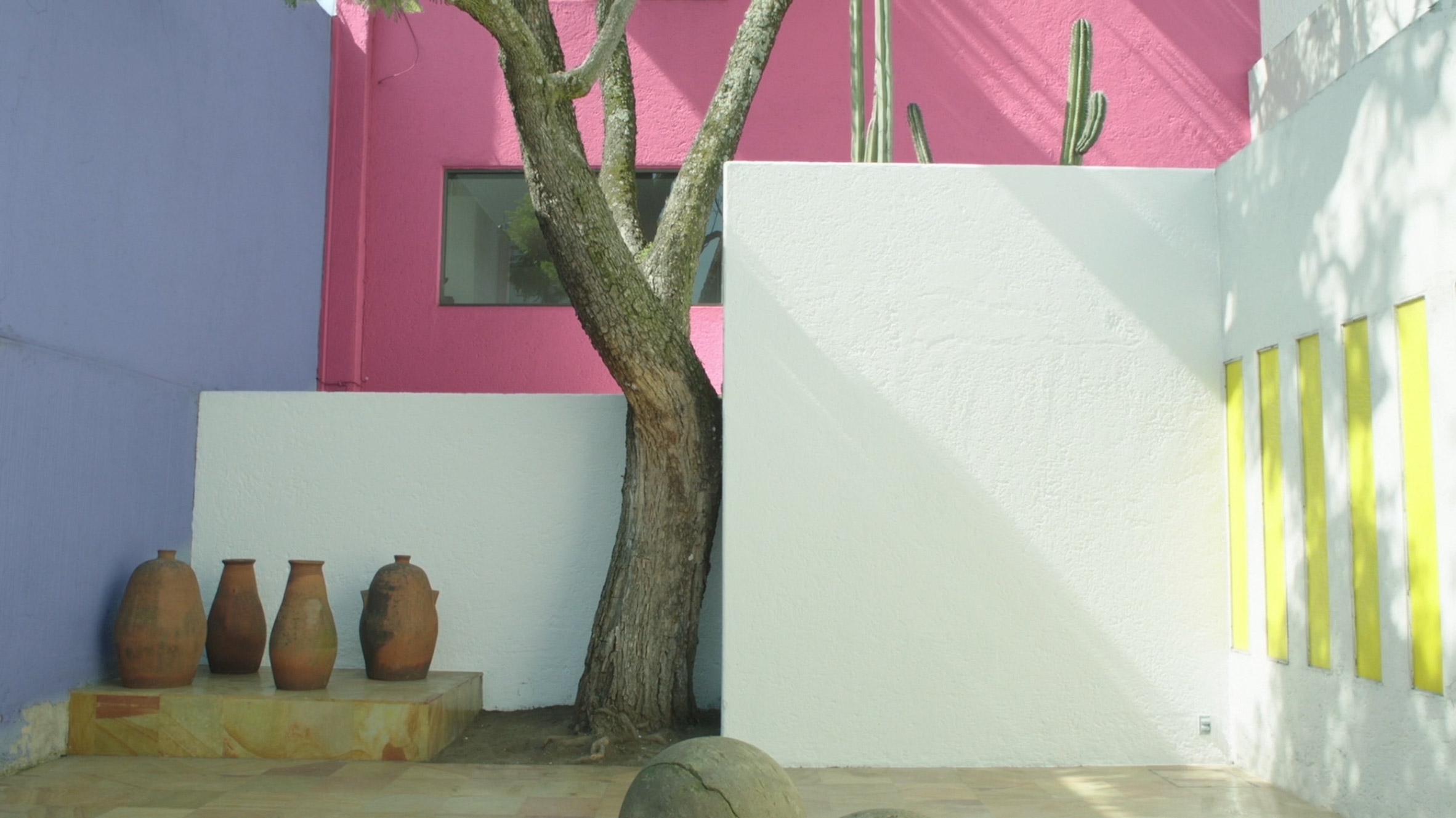 casa-gilardi-luis-barragan-architecture-mexico-usa_dezeen_2364_col_0