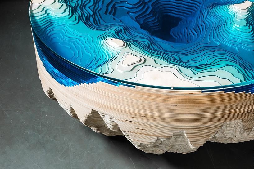 Промдизайн: совершенно бездонный стол из морской бездны