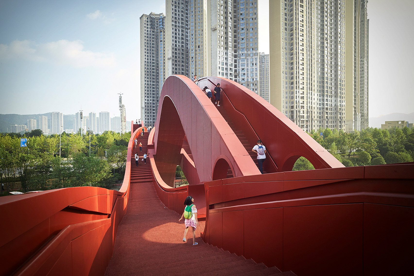 lucky-knot-pedestrian-bridge-infrastructure-design-architecture-next-architects-meixi-lake-china_dezeen_1704_col_0-1