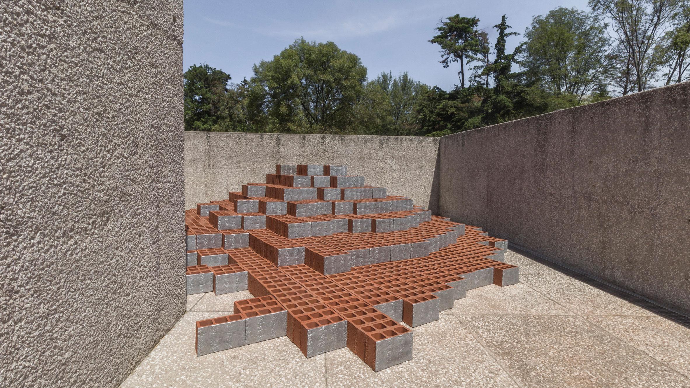 zeller-moye-popo-installation-museo-tamayo-design-week-mexico_dezeen