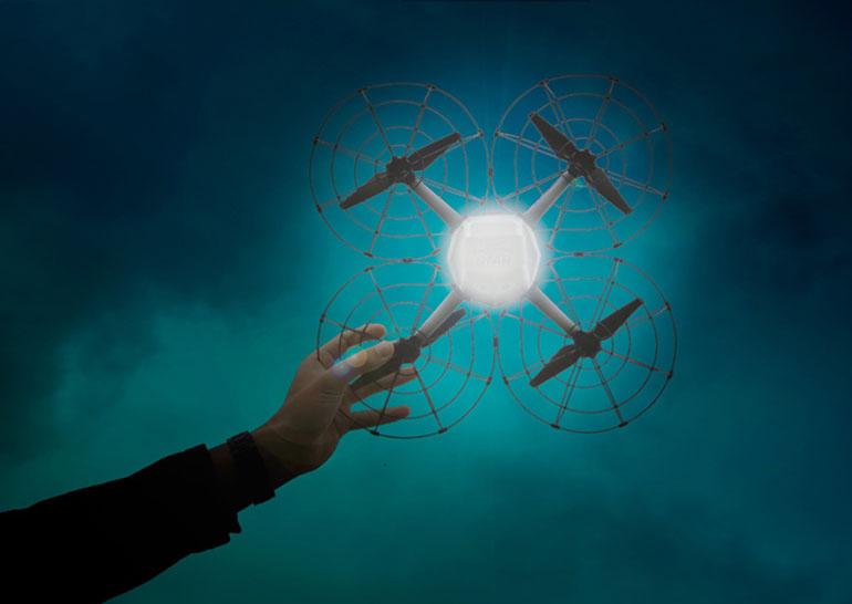 """Intel Shooting Star – """"арт-дроны"""" для световых шоу, которые перевернут motion design"""