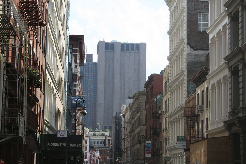29-этажный небоскреб без единого окна в Нью-Йорке: а вы его видели?
