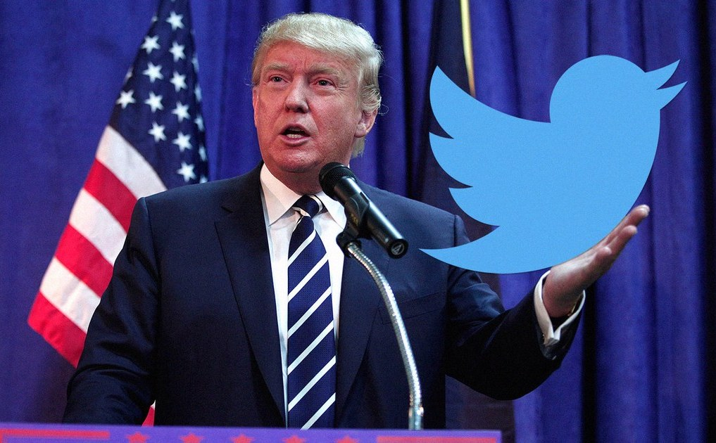 Трамп хотів атакувати Клінтон у Twitter за допомогою дизайн-емодзі