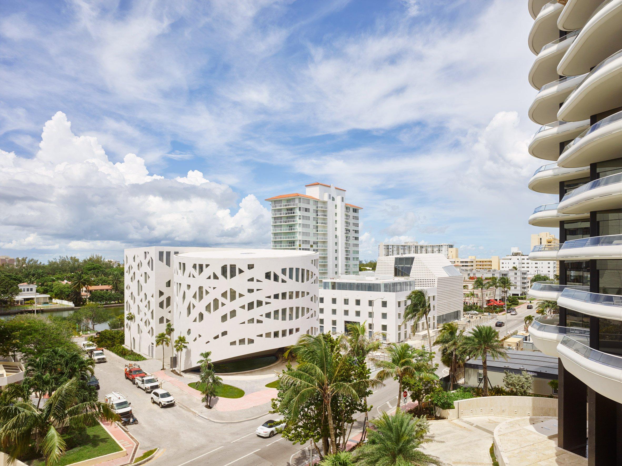 faena-forum-district-architecture-miami-usa_dezeen_2364_col_1