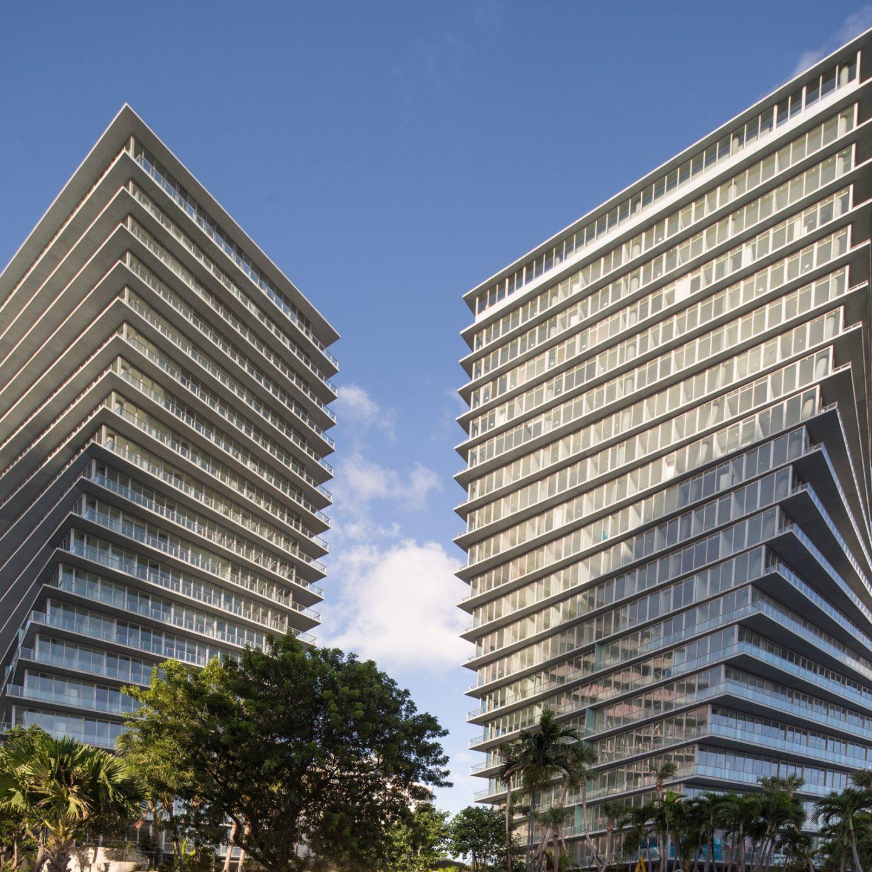 Неймовірні закручені двійники в Маямі – від данців