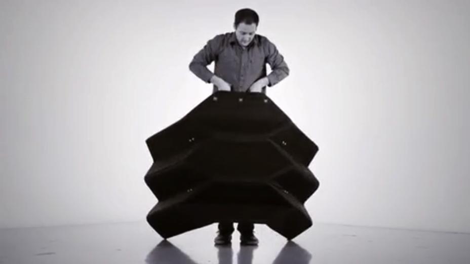 Стильний продуктовий дизайн: портативна броня по принципу орігамі (Відео)
