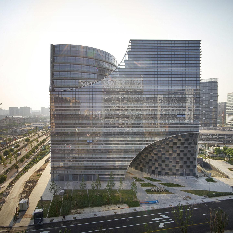 Неповторна форма нової китайської архітектурної цікавинки