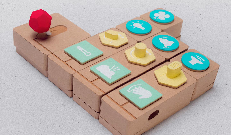 Smart дизайн: паперова гра від Google — щоб навчати дітей програмувати