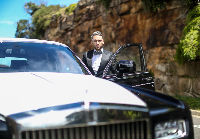 Rolls-Royce розробив дизайн МЕГАсмокінгів – по $4000 за штуку