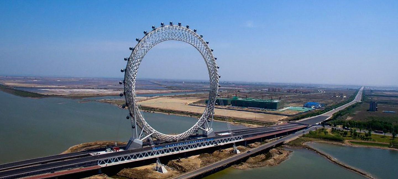 Нове архітектурне диво з Китаю: найбільше у світі оглядове колесо Weifang