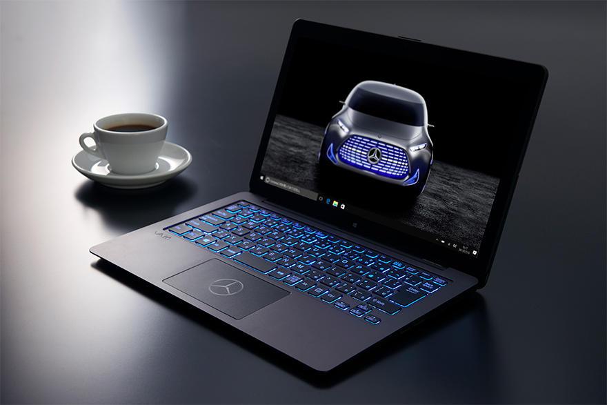 Що безглузде зробити із ноутбуком? Відповідь від дизайнерів VAIO