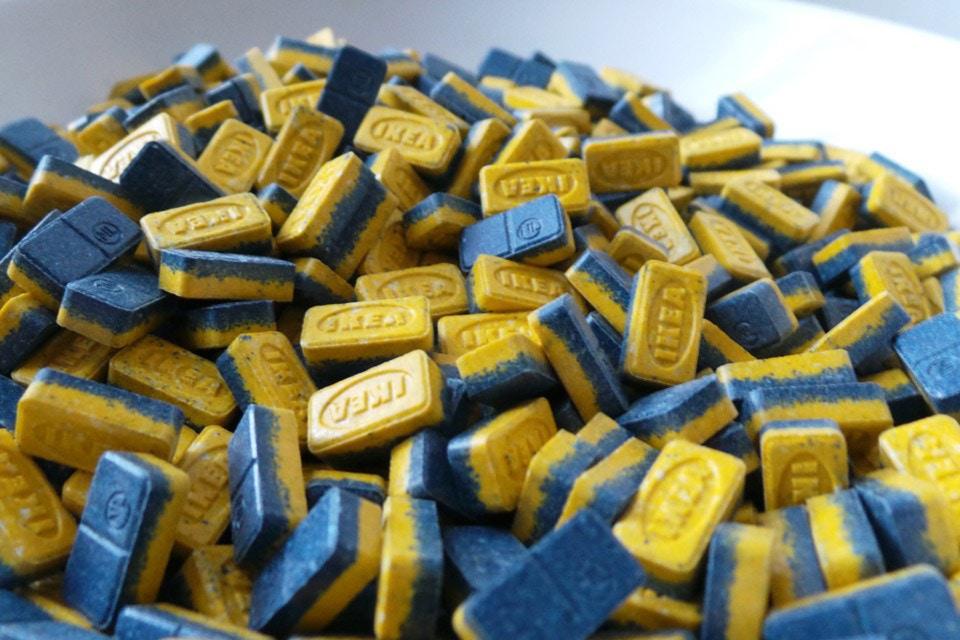 IKEA-психоз: брендинг IKEA вже використовують для таблеток екстазі