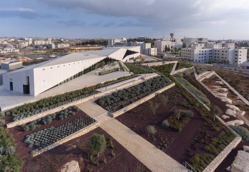 Названі кращі архітектурні будівлі світу (Фото)