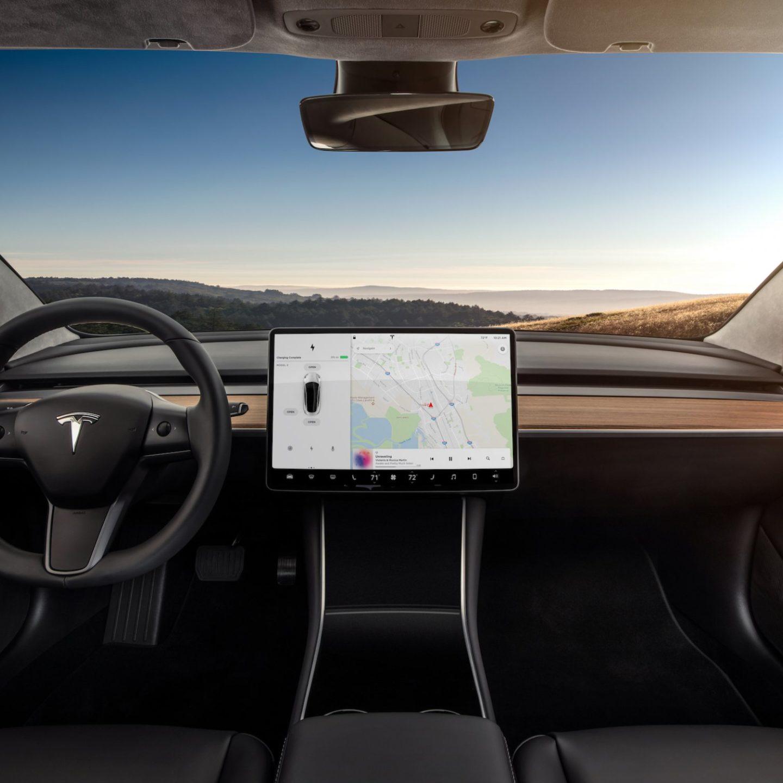Революційний дизайн інтер'єру від Tesla Model 3 – це дизайн-шок (ФОТО)