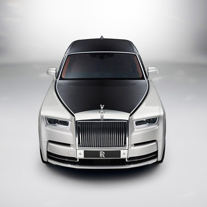 Новий Rolls-Royce Phantom – мистецтво на панелі керування