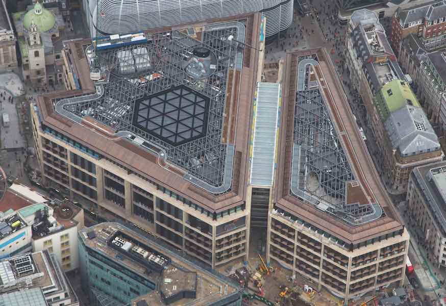 """Офіс Bloomberg визнали """"найстабільнішим"""" у світі офісним будинком"""
