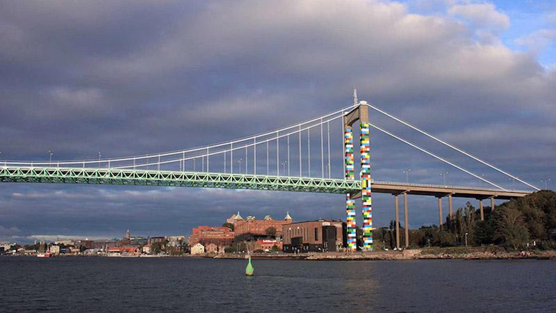 Як додати кольору до пейзажу: LEGO-міст у Швеції