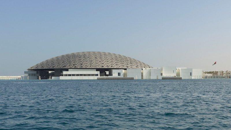 Лувр Абу-Дабі – архітектурний шедевр із неймовірною грою світла (Фото)