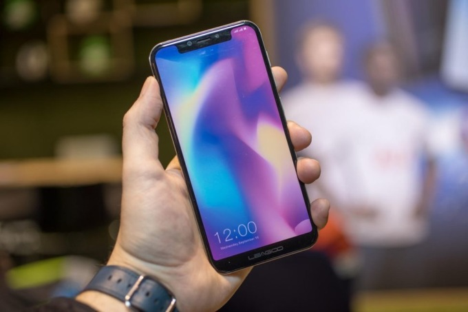 Китайська компанія випустила копію iPhone X на … Android (ФОТО)