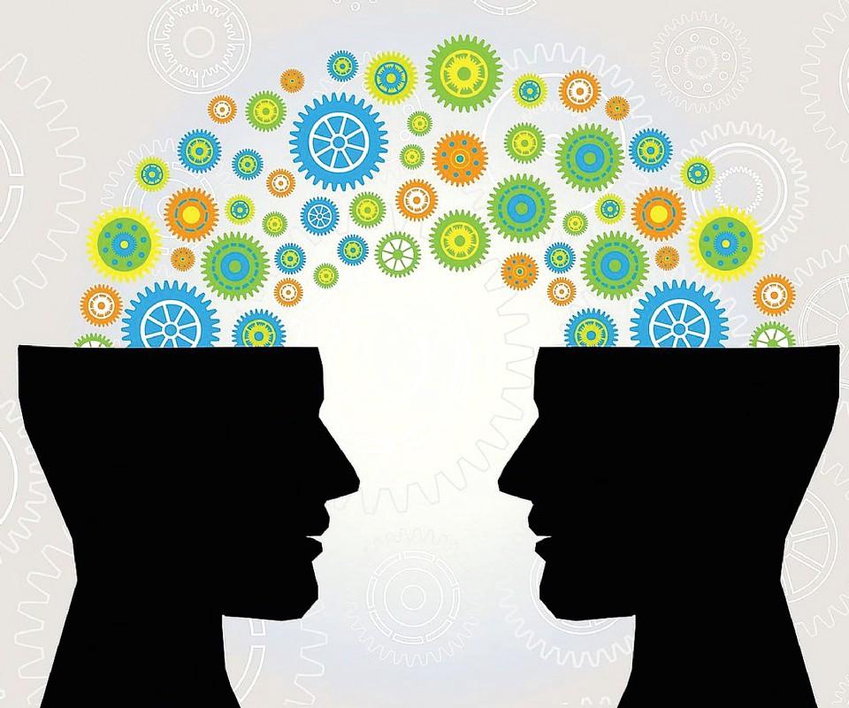 СИЛА колективного розуму у дизайні – чи варто її використовувати?