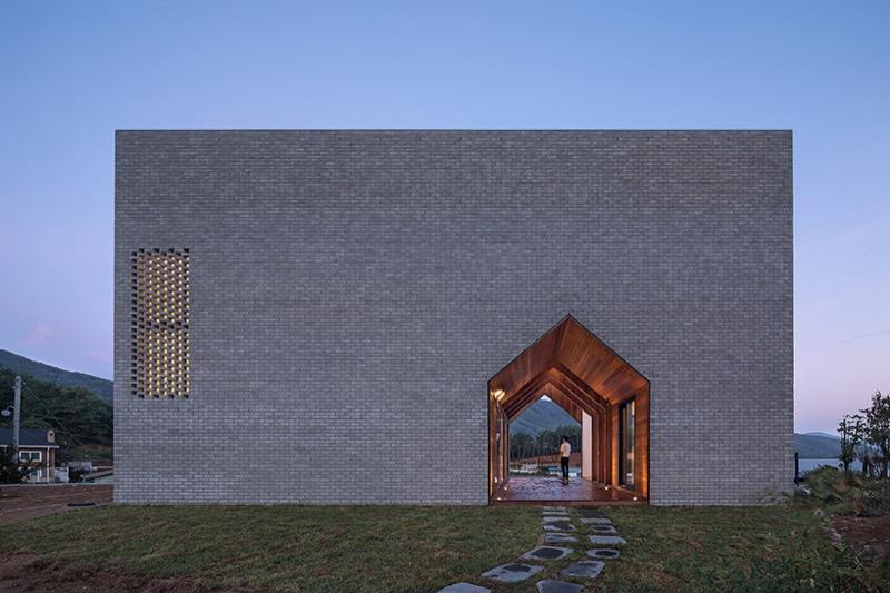 Будинок-навиворіт: дуже цікавий дизайн від корейського архітектора (ФОТО)