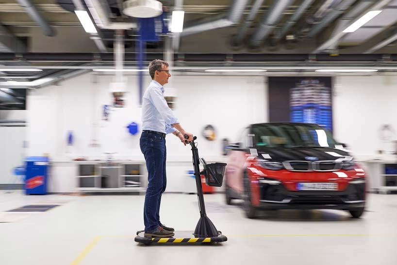 Працівники заводів працюватимуть на BMW: дуже ОРИГІНАЛЬНИЙ цікавий дизайн сегвея (ФОТО)