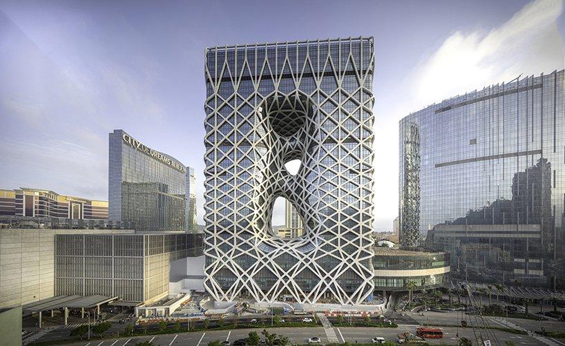 Із спадщини Zaha Hadid Architects: неймовірний готель у Макао (ФОТО)