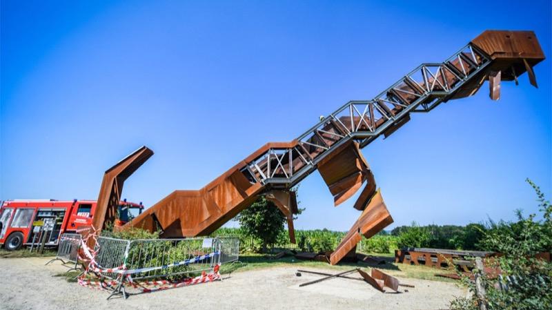 Виявляється вандали є не лише у нас: у Бельгії понівечили чудовий монумент (ФОТО)