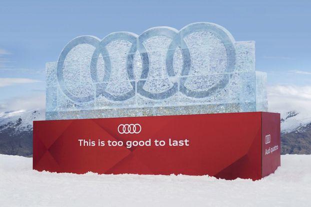 Для Audi створили 4-тонне крижане лого