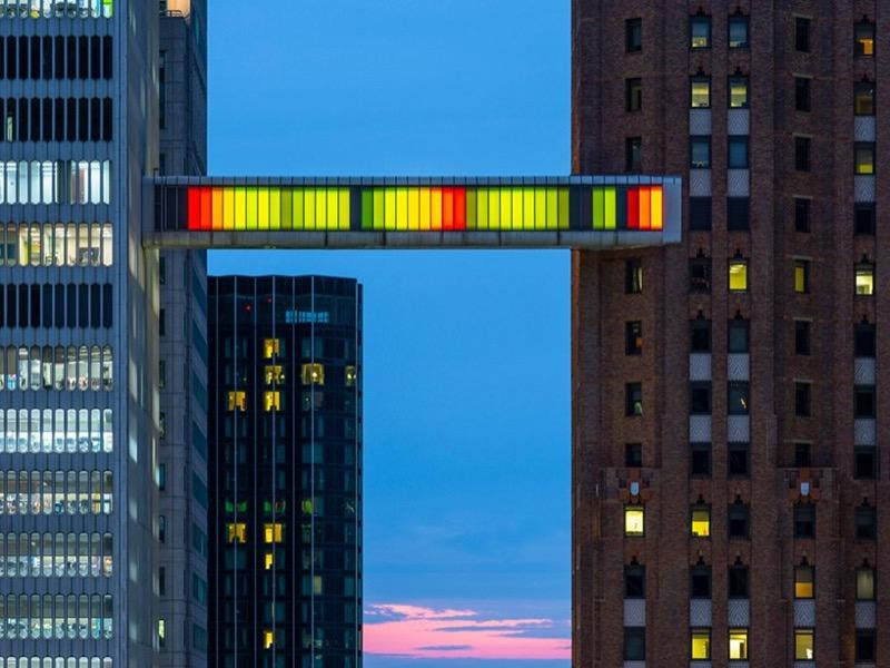Класне шоу в Детройті: світломузика між хмарочосами (ВІДЕО)