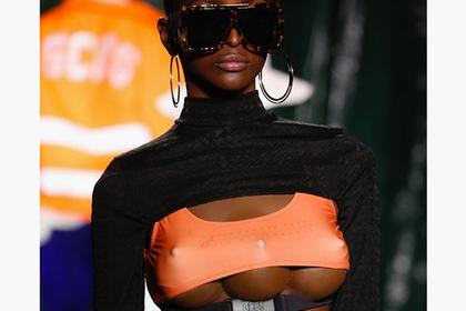 Еволюція моди або ЧОМУ італійський дизайнер випустив на подіум моделей з 3 грудьми (ФОТО)