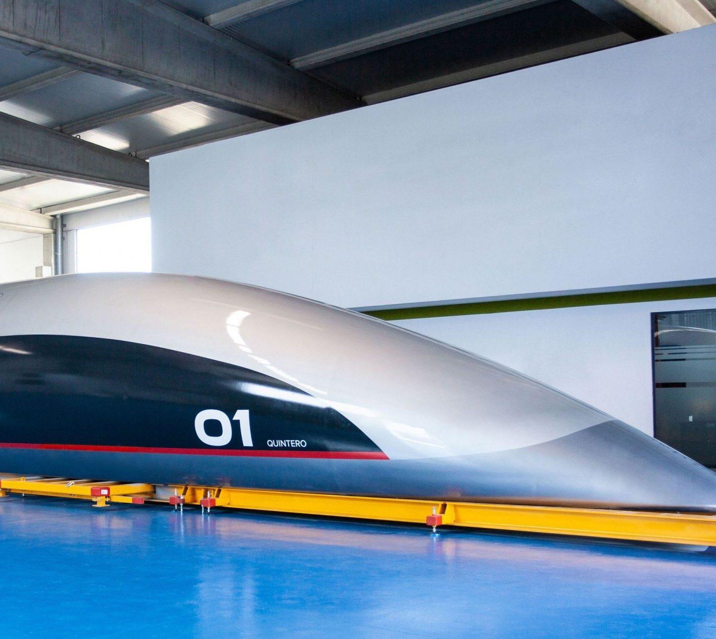 Як виглядає перша капсула для Hyperloop (ВІДЕО)
