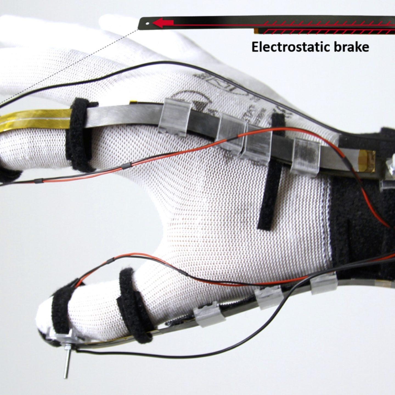 """VR стане більш реальним: віртуальні предмети можна буде """"відчути"""" своїми руками"""