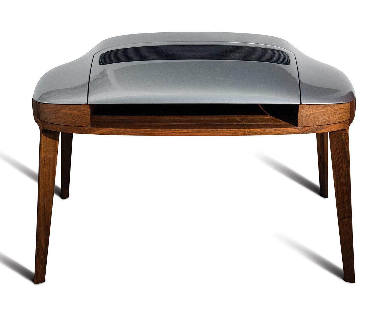 Меблі з деталей авто: письмовий стіл Porsche (ФОТО)