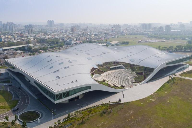 Розмір+дизайн: у Тайвані відкрився найбільший арт-центр у світі (ВІДЕО, ФОТО)