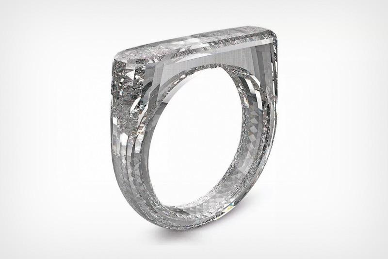 Дизайн кільця від Джоні Айва – це 100% діамант (ФОТО)