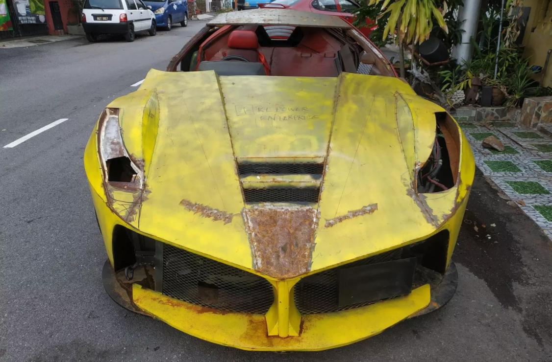 Ось як виглядає дизайн найгіршої у світі репліки Ferrari – під назвою LaFerrari (ФОТО)