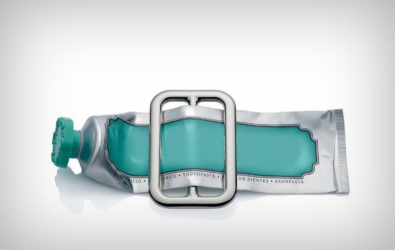 """Справжнє дизайн-рішення проблеми """"як же видушити зубну пасту з тюбика""""? (ВІДЕО)"""