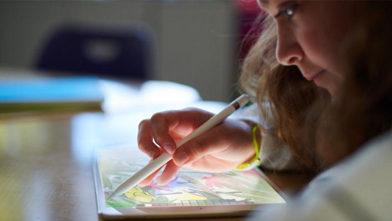 Apple задумала революційний стилус для художників – у вигляді пензлика (ФОТО)