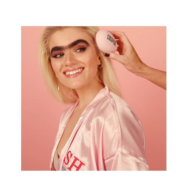 Геть стереотипи краси або як модель з монобровою знялася для кампанії beauty-бренду (ФОТО)