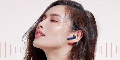 Xiaomi випустила унікальні навушники TicPods 2: ними можна керувати …  рухом голови