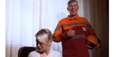 Шикарне відео про ЧернівціТеплоМережа та її боржників