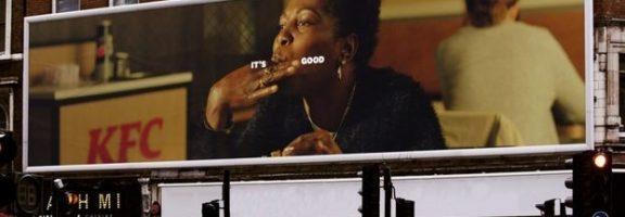 Як обіграти у дизайні реклами їжі брудні пальці: кейс KFC
