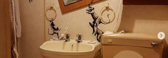Культовий художник Бенксі створив новий арт-об'єкт – про самоізоляцію (ФОТО)